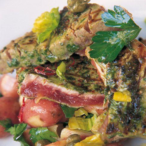geroosterde tonijn met kruidenkorst van jamie oliver - recept