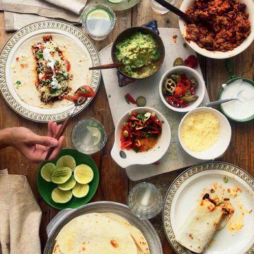 Genoeg Mexicaanse burrito's met rundvlees en guacamole - recept - okoko @CU64