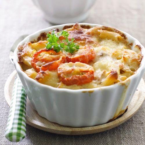 macaroni met kaas, prei en tomaten - recept - okoko recepten