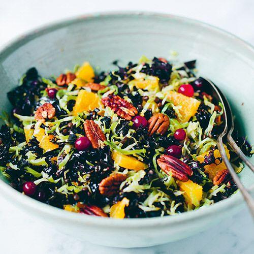 Green Kitchen Travels: Kerstsalade Met Spruitjes En Cranberry's