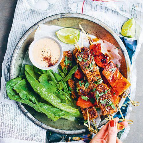 Green Kitchen Travels: Spiesjes Met Tempeh En Papaja