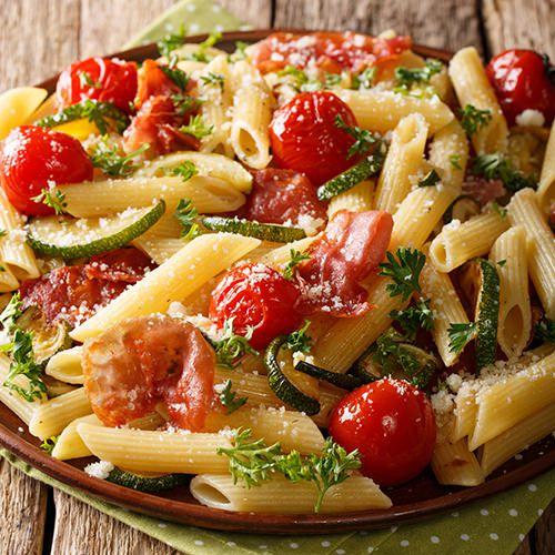 Verrassend Koude pastasalade met ham, garnalen, courgette en paprika - recept YQ-02