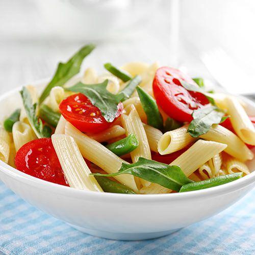 Goede Koude pastasalade met sperziebonen en mozzarella - recept - okoko TH-82